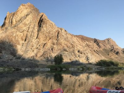 Awesome scenery on Orange River raft and canoe experience